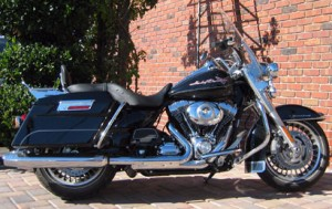 FLHR Road King - Black